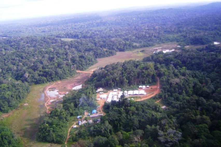 01_Aerial_of_Tocantinzinho_Camp_852_568_c1_c_c_0_0