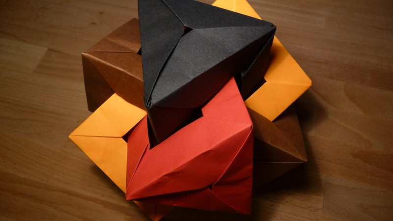 triangular_prisms_2-800x450